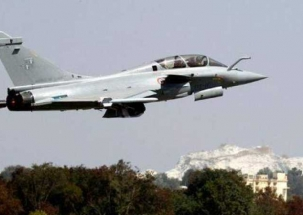 Rafale deal creates a political war between BJP and Congress
