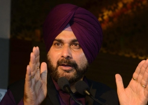 Polls 2019: Navjot Singh Sidhu slams Modi government over Rafale deal
