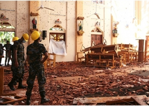 CCTV footage shows suicide bomber entering crowded Sri Lankan church