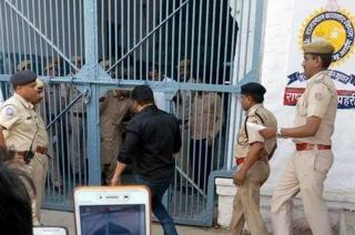 Bollywood reacts as Salman Khan gets 5-year jail term in blackbuck poaching case