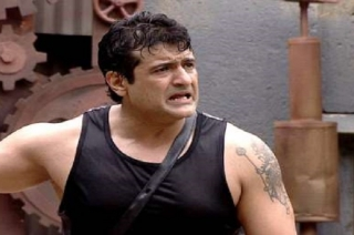 Nation View: FIR filed against actor Armaan Kohli for assaulting his girlfriend