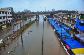 Question Hour: Heavy rains trigger flood-like situation in Mumbai; BMC turns a blind eye
