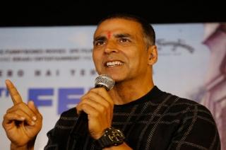 Akshay Kumar's tweet sparks speculation of joining politics
