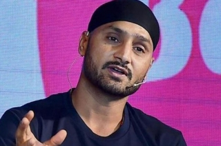 Real hero of nation is not cricketer but our jawan: Harbhajan Singh