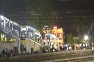 Two killed, 14 injured in stampede at Kolkata railway station in Howrah