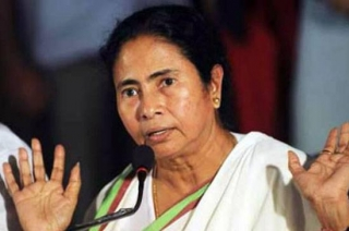 Mamata Banerjee blocks CBI in West Bengal, reports suggest
