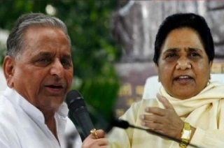 Politics takes 180-degree turn, Mayawati seeks vote for Mulayam Singh