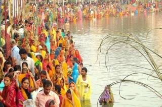 Chhath Puja 2018: People of Patna celebrate the festival with immense joy