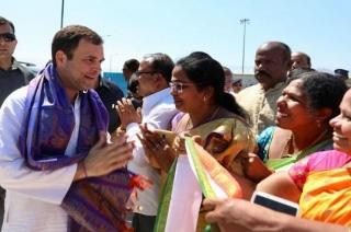 Chai Garam: Rahul Gandhi offers prayers at Lord Balaji temple
