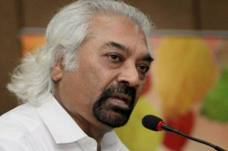 Never said India should not attack after Pulwama: Sam Pitroda's U-turn