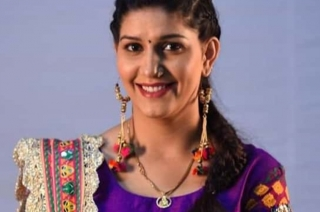 Sapna Chaudhary denies joining Cong, says in talks with Manoj Tiwari
