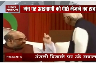 Truth behind viral photo of Amit Shah asking Advani to take back seat