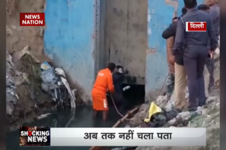 Sewage worker goes missing in Delhi drain, NDRF team called in