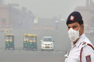 New Delhi: Air quality continues to drop