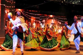 Navratri celebrations grip Gujarat