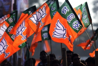 BJP defers West Bengal campaign owing to Amit Shah's ill health