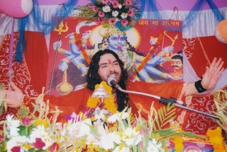 KhabarCut2Cut: Hindus must have 5 children, says Mahant Dinesh Bharti