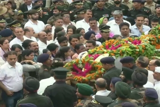 Thousands of people join final journey of martyr Major Ketan Sharma