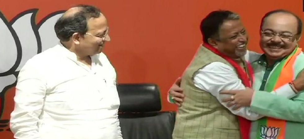 Former Kolkata mayor Sovan Chatterjee joins BJP in presence of Mukul Roy