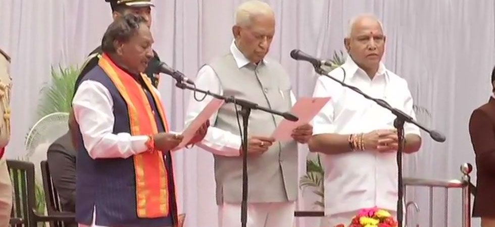 KS Eshwarappa taking oath as Karnataka Cabinet Minister. (Image Credit: ANI)